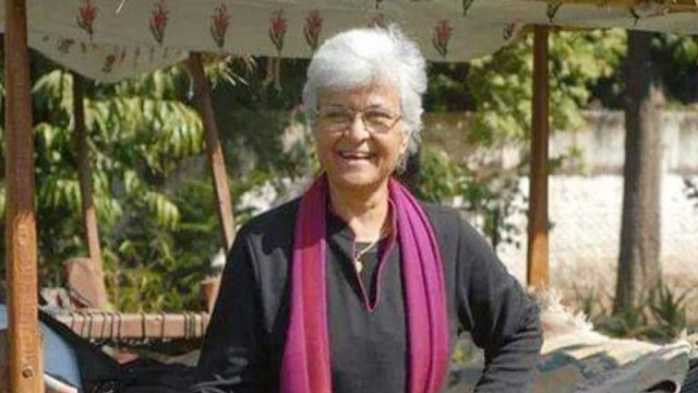 চলে গেলেন নারীবাদী লেখক কমলা ভাসিন