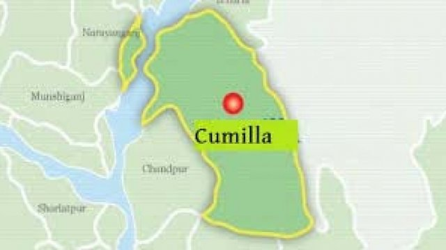25 medical students hurt in Cumilla road accident